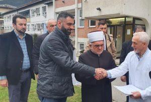 Muftija Dudić uručio sanitetsko vozilo Domu zdravlja u Prijepolju