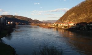 Drino vodo, plemenita međo između Bosne i između Srbije